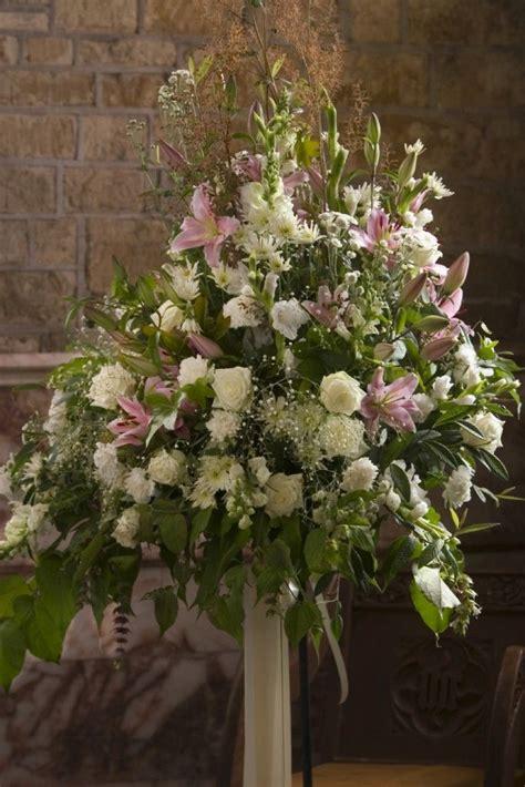 images  church flower arrangements  pinterest