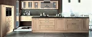 Cuisine bois moderne truro sagne cuisines for Idee deco cuisine avec meuble tv bois massif