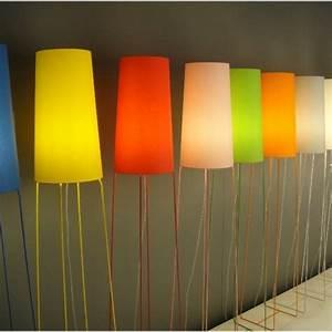 Abat Jour Lampe Sur Pied : lampadaire design color luminaire fer forg ~ Nature-et-papiers.com Idées de Décoration