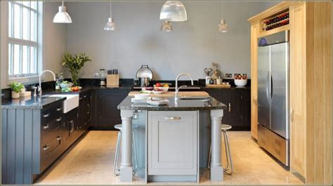 2 tone gray kitchen cabinets 35 two tone kitchen cabinets to reinspire your favorite