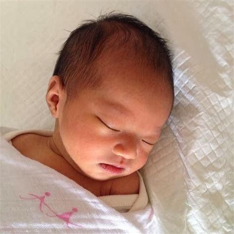 gambar stella bayi perempuan cheryl samad pelbagaimacam