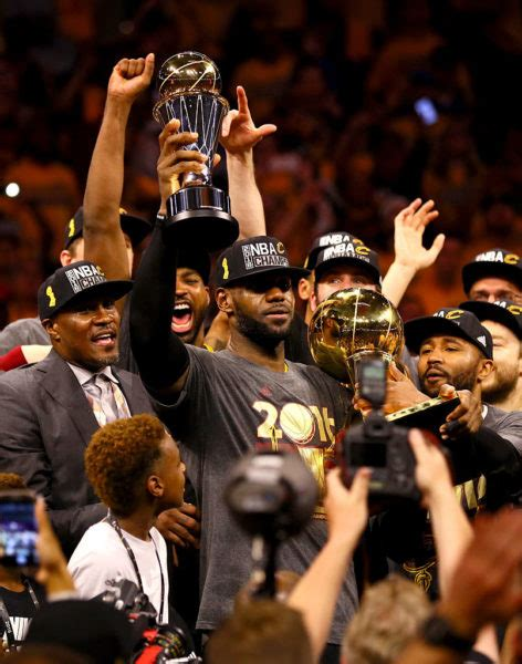hail king james lebron leads cleveland cavaliers