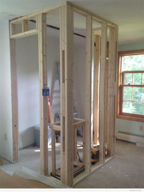 framing a walk in closet dianabuild