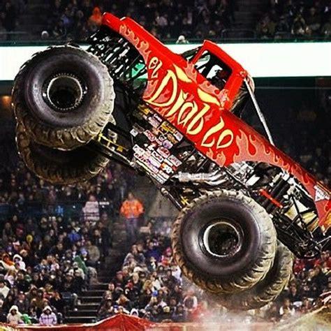 monster truck jam videos for kids the 25 best monster truck madness ideas on pinterest