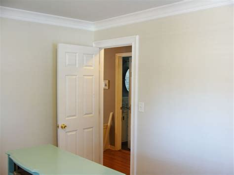 glidden s meeting house wall color paint