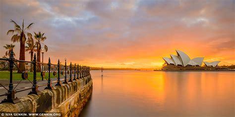 beautiful  dramatic sunrise  sydney opera house