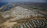 Israel: Discriminatory Land Policies Hem in Palestinians ...