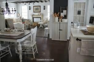 farmhouse floors charming farmhouse tour farmhouse 5540 town country living