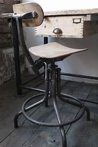 Chaise Industrielle Metal : chaise haute atelier industrielle bienaise metal et bois ~ Teatrodelosmanantiales.com Idées de Décoration