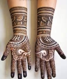 15 Latest Arabic Mehndi Designs To Inspire From Pictures ...