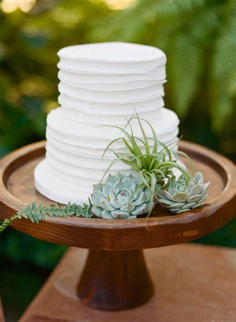 25 Best Ideas About Plain Wedding Cakes On Pinterest