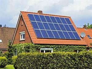 Solaranlage Dach Kosten : bis zu sieben prozent rendite solaranlagen lohnen sich wieder n ~ Orissabook.com Haus und Dekorationen