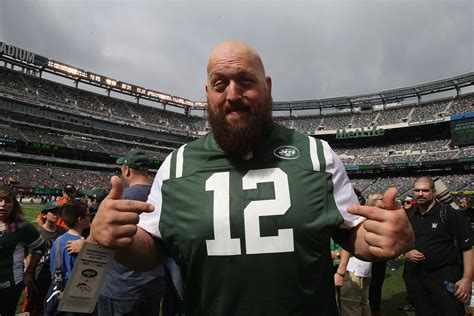 'The Big Show Show' on Netflix: WWE Heavyweight Gets His ...