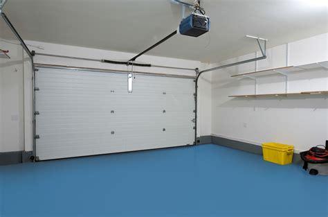 piastrelle per garage pavimento per garage ecco quali materiali utilizzare