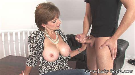 Cheating big tits handjob milf housewife seduction - Pichunter