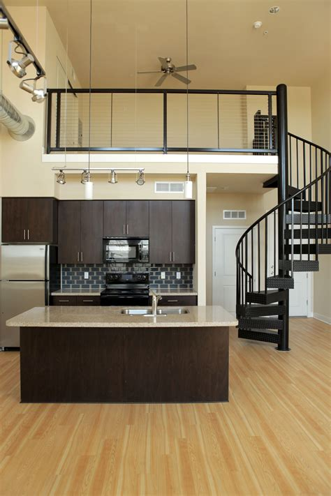 level  sixteenth loft apartments lease today cozy