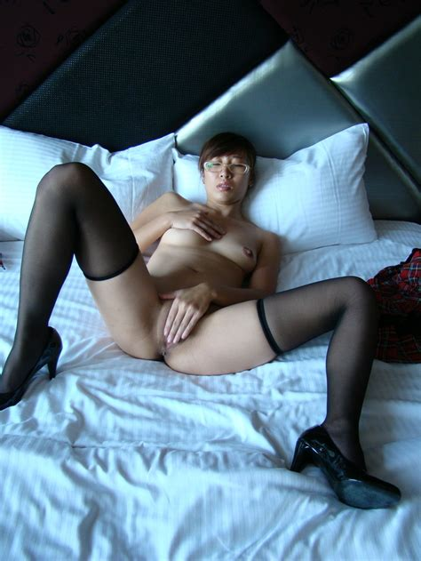 Hot Asian Sporty Milf At Home — Asian Sexiest Girlsasian