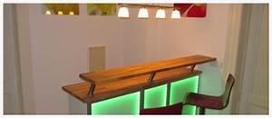Beleuchtete Bar Theke : selbstgebaute bar die mit led lichtleiste beleuchtet wird led lighting blog ~ Sanjose-hotels-ca.com Haus und Dekorationen