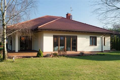 Cost Of Wiring A House In Nigerium by Cost To Build A Bungalow Style Home Estimates And Prices