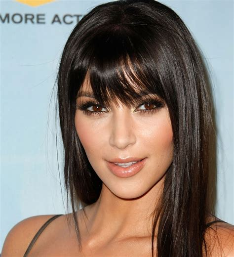 most beautiful hairstyles for square faces with bangs 2019