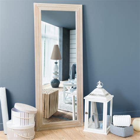 miroir en bois de paulownia   cm campagne maisons du monde