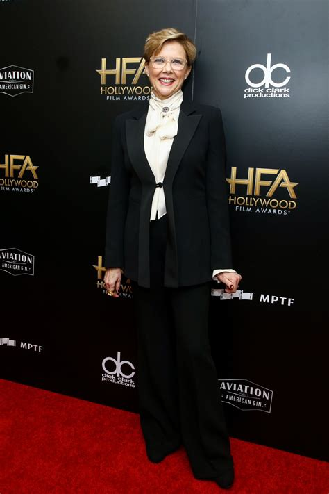 All of her gentleness and warmth. ANNETTE BENING at 2017 Hollywood Film Awards in Beverly Hills 11/05/2017 - HawtCelebs