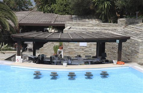 pool bar ideas resort pool bar luxury busla home decorating ideas and interior design