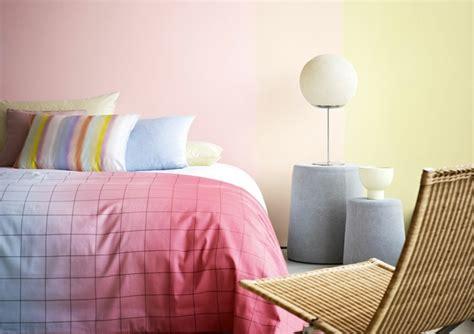 chambre couleurs chaudes peinture bleu chambre adulte chaios com