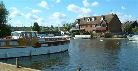 Small Boats For Sale Norfolk Broads by Norfolk Broads Cottages Wroxham Self Catering