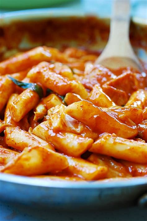 tteokbokki spicy stir fried rice cakes korean bapsang