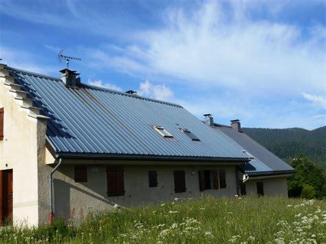 toiture bac acier isolé peinture de toit couverture en toles noxidation de toiture