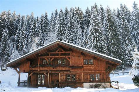 chalet alpin a vendre vendu mont blanc beau chalet 224 vendre dans un environnement alpin tr 232 s agr 233 able terres