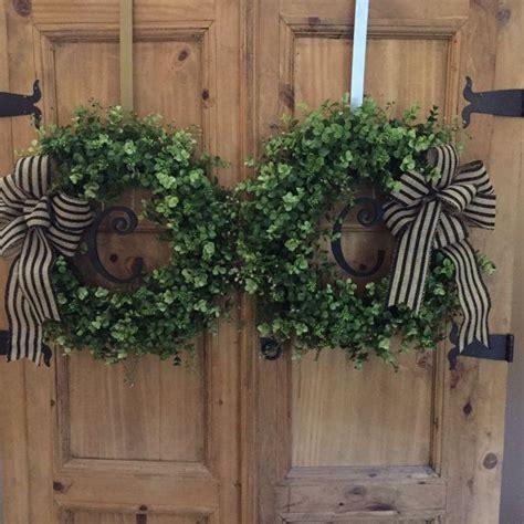 personalized double door wreaths boxwood