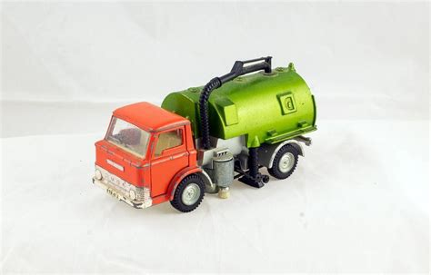 Dinky Toys #451 JOHNSTON ROAD SWEEPER - DT Collectable Toys