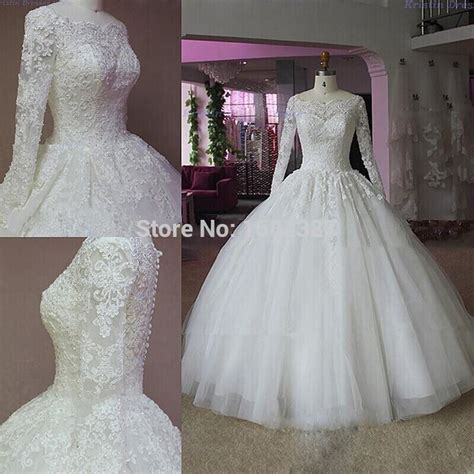 Elegant Lace Appliques Long Sleeve Ball Gown Wedding