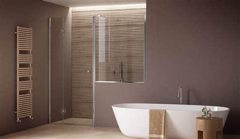 porta doccia apertura interno esterno  fisso su muretto