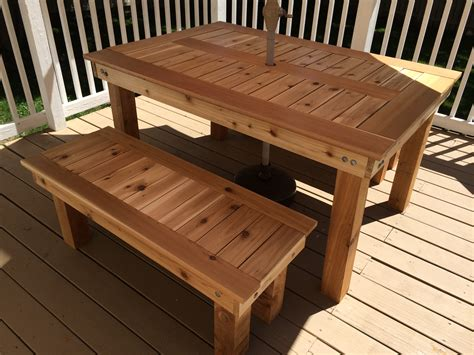 Outdoors Tables : Cedar Outdoor Dining Table And Benches