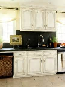backsplash for black and white kitchen a few more kitchen backsplash ideas and suggestions