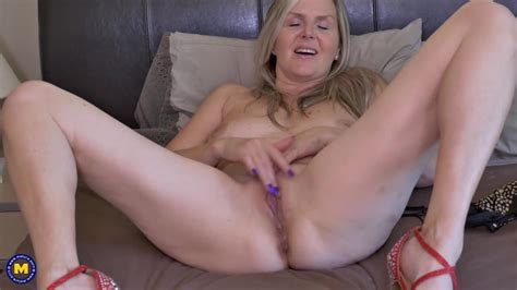 Canadian Mom Velvet Skye Needs A Good Sex Free Hd Porn Bc