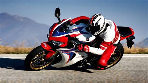 Honda Cbr1000rr 4k Wallpapers by Cbr1000rr Wallpapers Wallpaper Cave