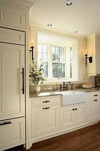 Off white kitchen what color wood floors for What kind of paint to use on kitchen cabinets for marriage wall art