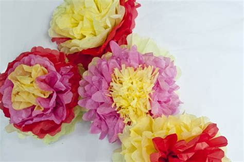 How To Make Mexican Tissue Paper Flowers Clumsy Crafter