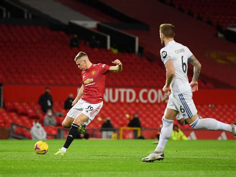 Leeds vs Manchester United Preview, Tips and Odds ...
