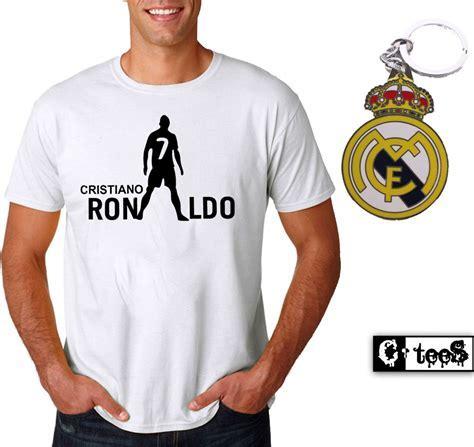 Cristiano Ronaldo T Shirt And Metal Keychain