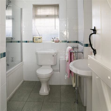 Small Modern Bathrooms Uk by Small White Bathroom Modern Bathrooms Housetohome Co Uk