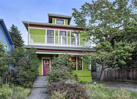 green color houses 2019 color trends