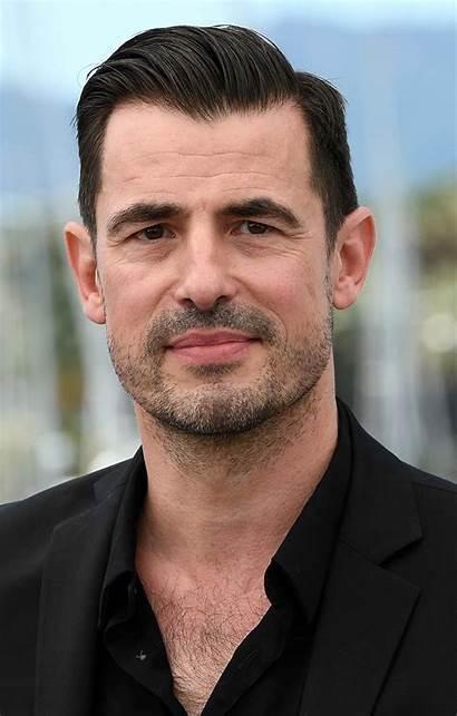 Bang Claes Actor Doblaje