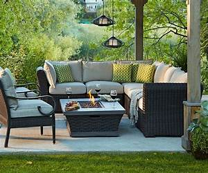 Luxe lounge canadian tire http wwwcanadiantireca for Outdoor sectional sofa canadian tire