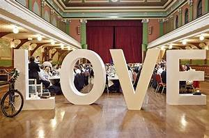oversized letters wedding decor With giant letters