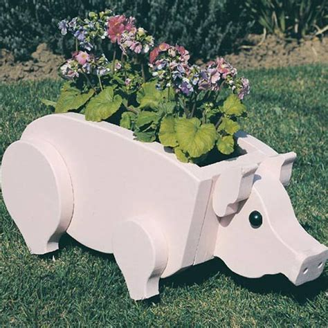 buy woodworking project paper plan  build pig planter